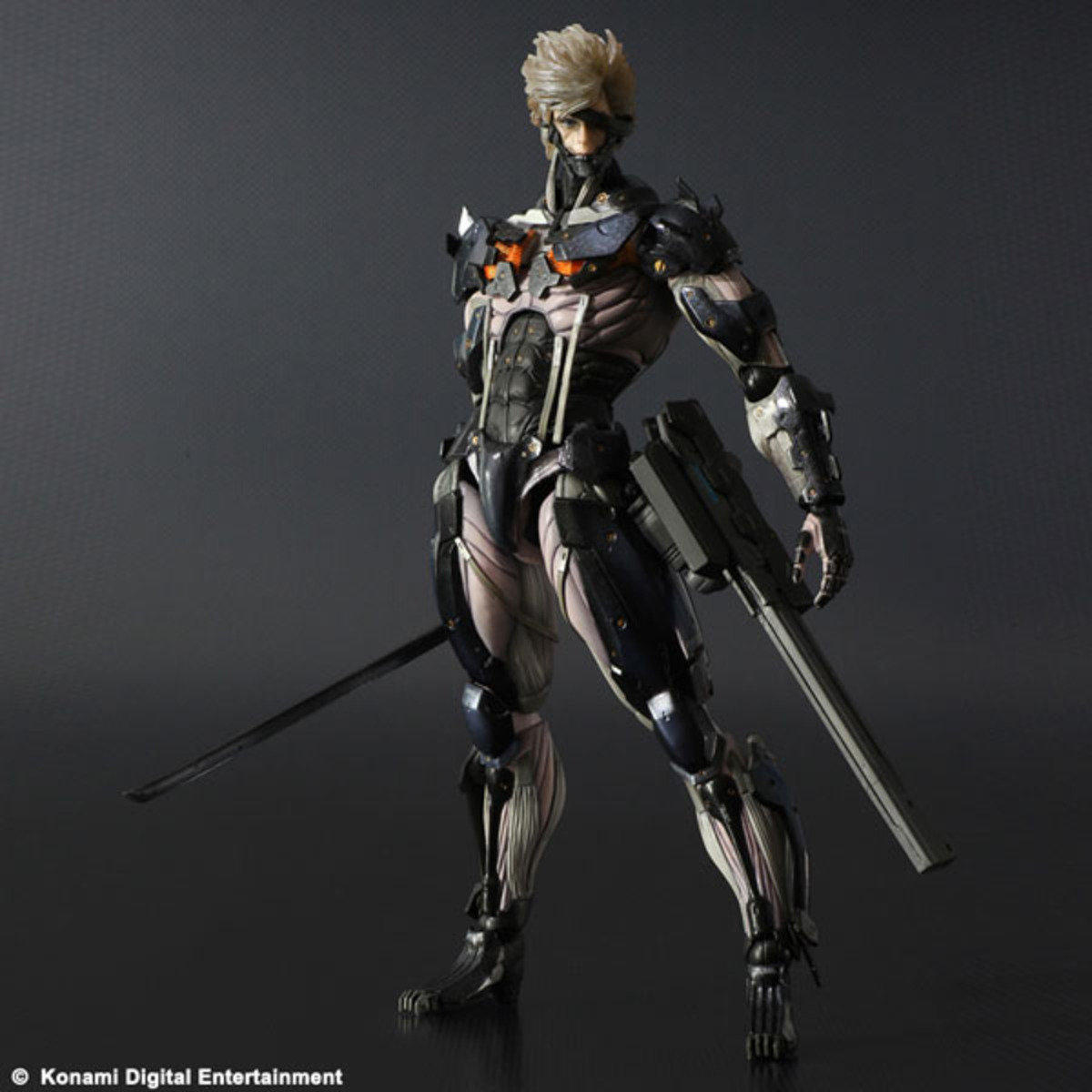 Play Arts改系列  Metal Gear Rising Revengeance 潛龍諜影 崛起再復仇 雷電