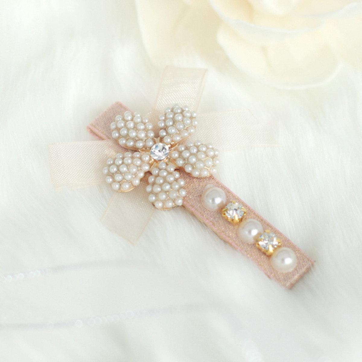 甜美珍珠蝴蝶髮夾