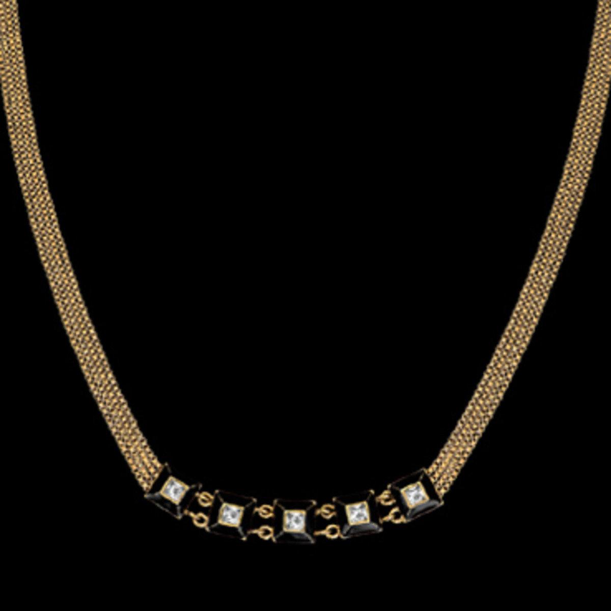 Pyramide necklace