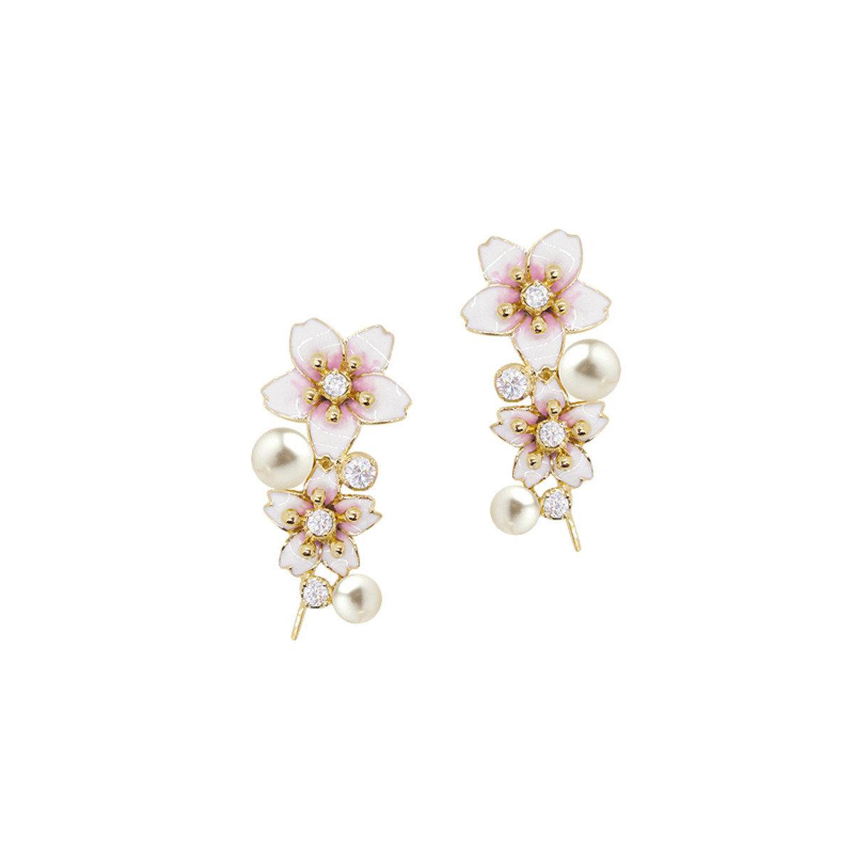 櫻花穿孔耳環