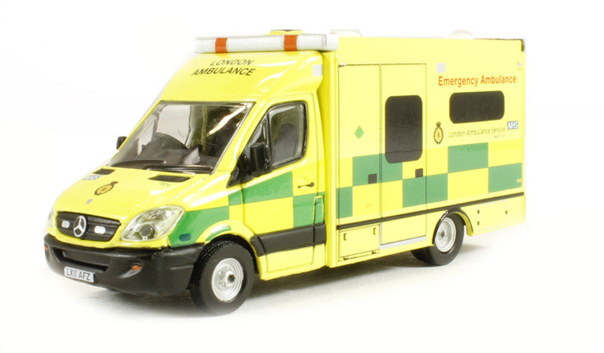 1/76 Mercedes Sprinter London 救護車