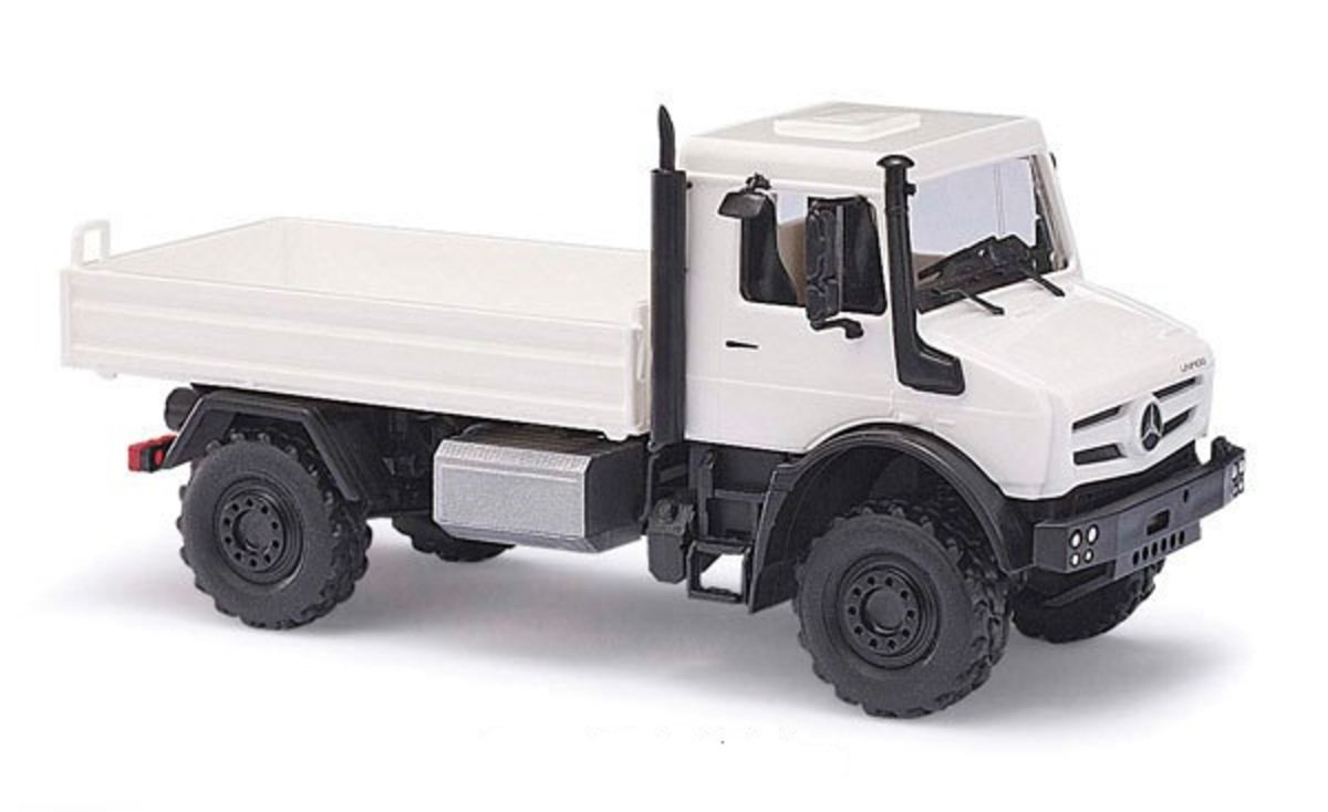 1/87 Mercedes-Benz Unimog U5023 White