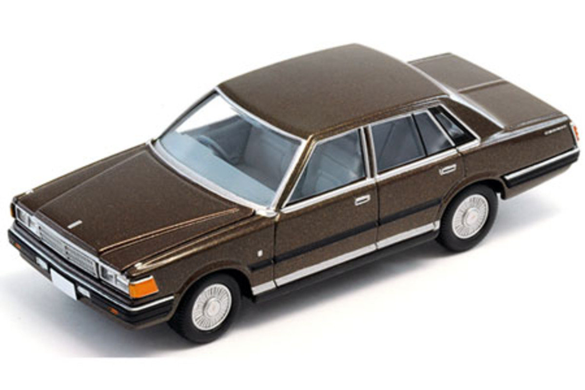 1/64 Nissan Cedric 200E Turbo Brown