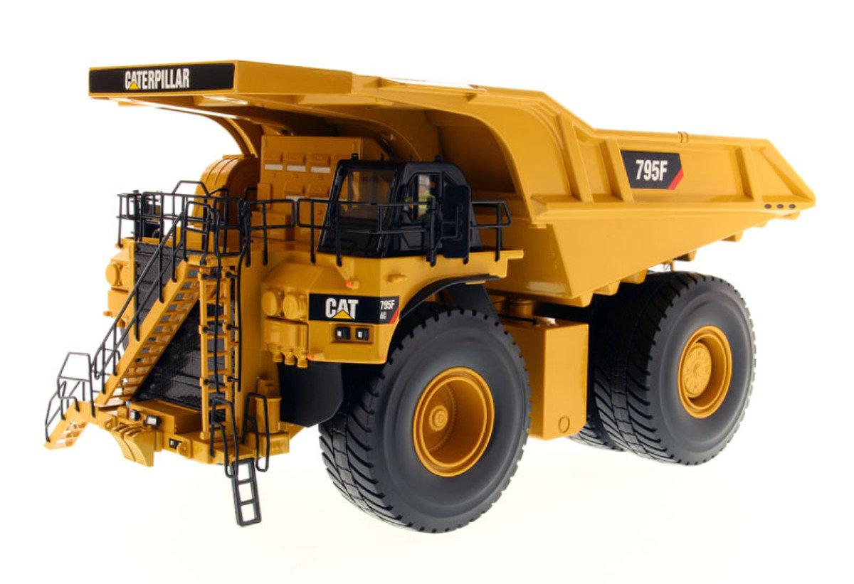 1:50 795F AC Mining Truck