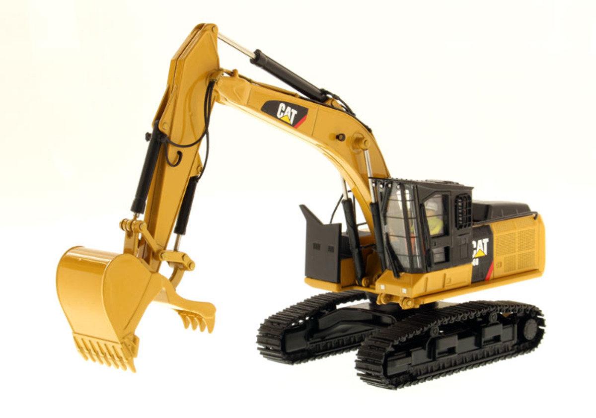 1:50 568 GF Road Builder