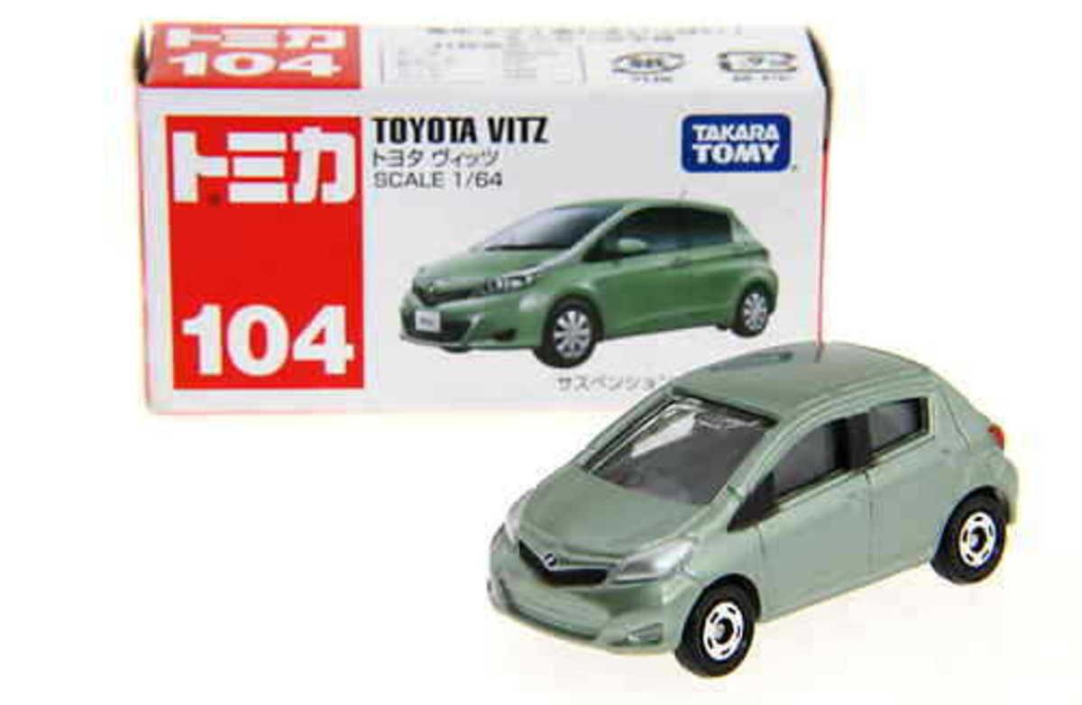 TAKARA TOMY 104 Toyota Vitz