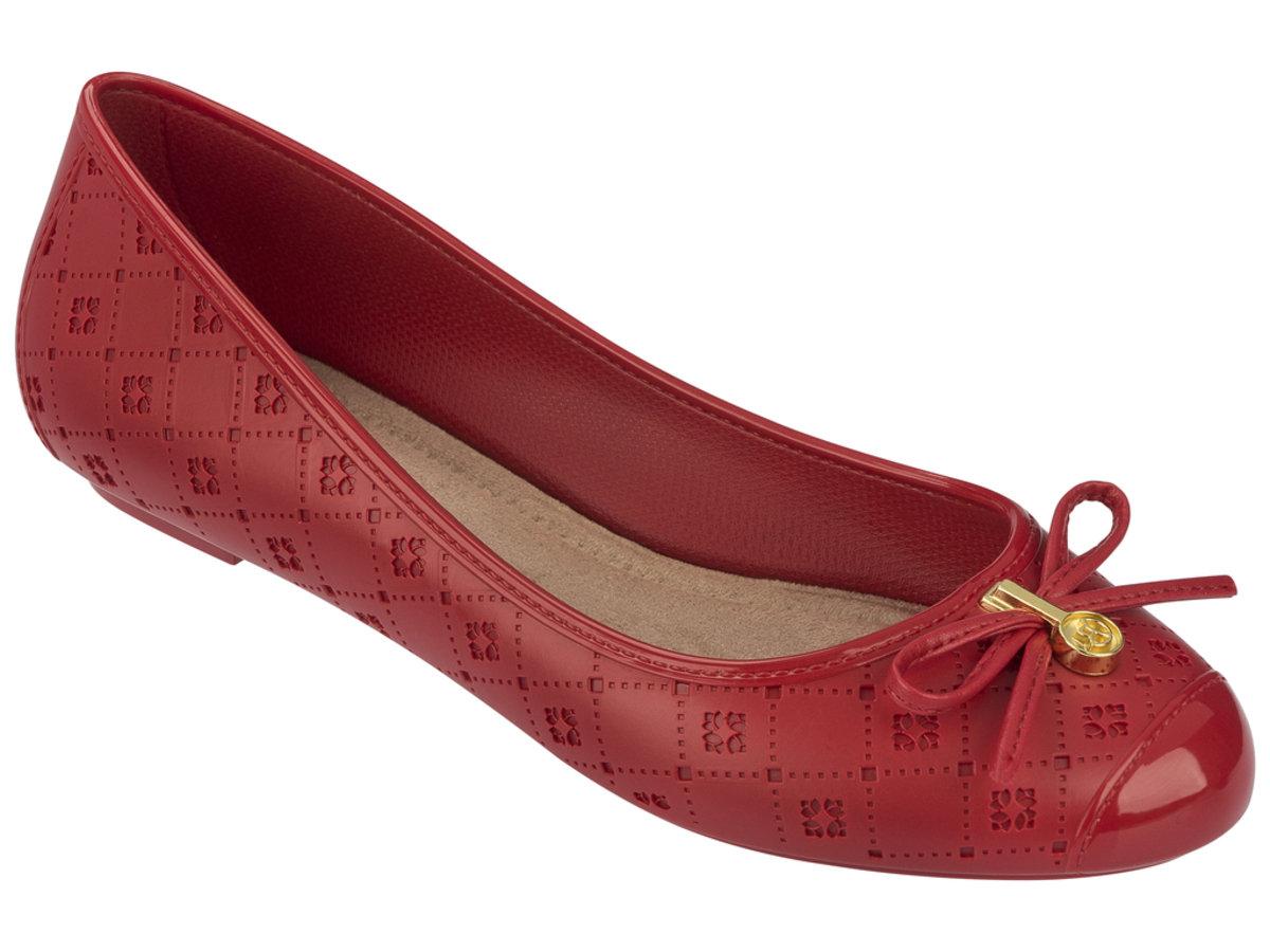 壓紋仿皮圖案平底鞋 - 紅色