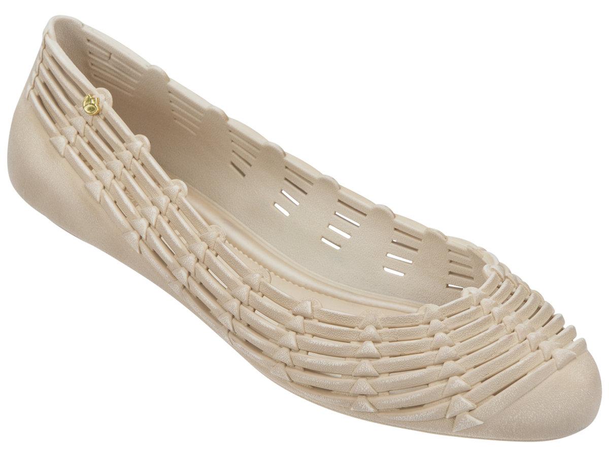 純色仿織蕂設計平底鞋 - 米色