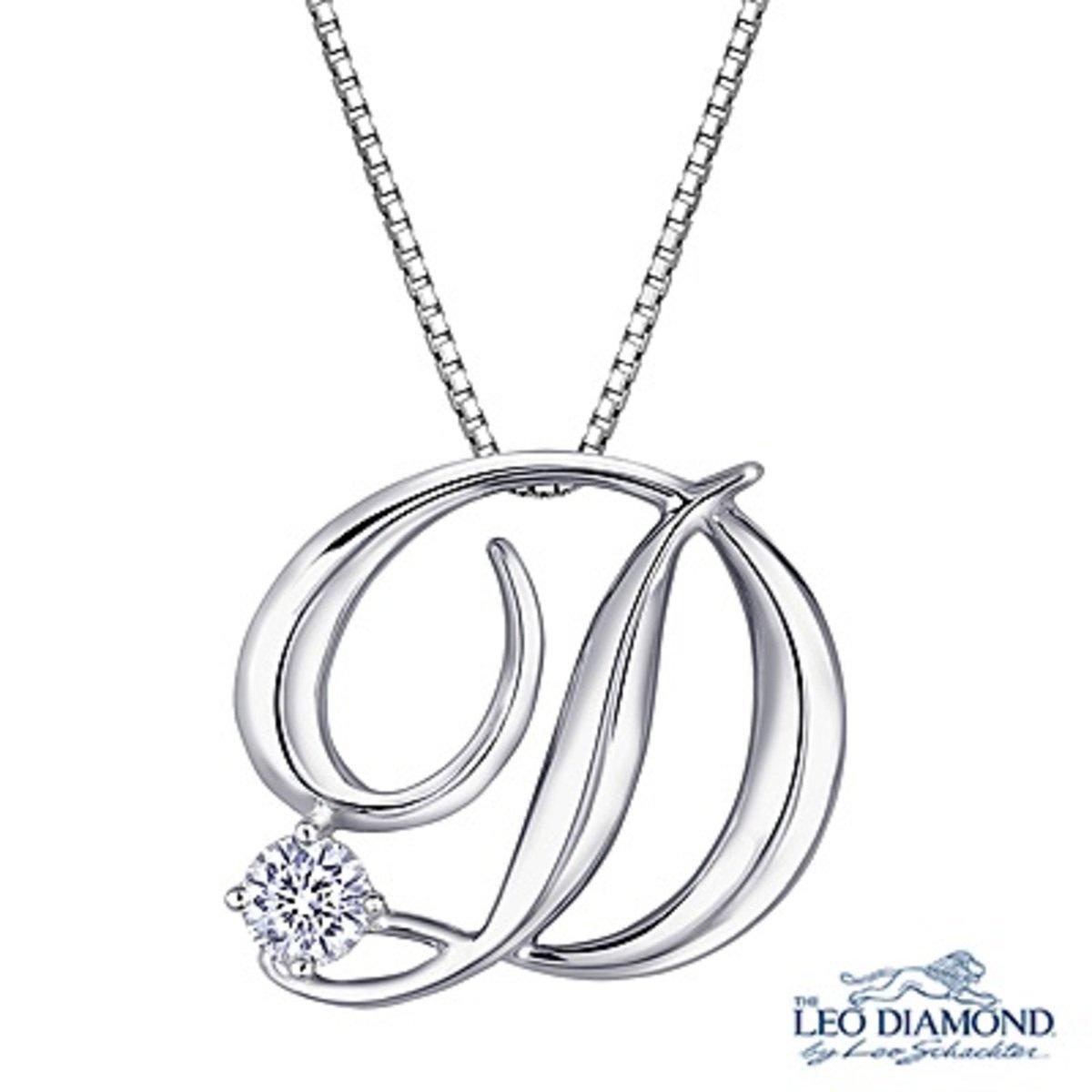 """18K/750白色黃金單顆鑽石英文字母""""D""""吊墜 (贈送 925 純銀項鏈)"""
