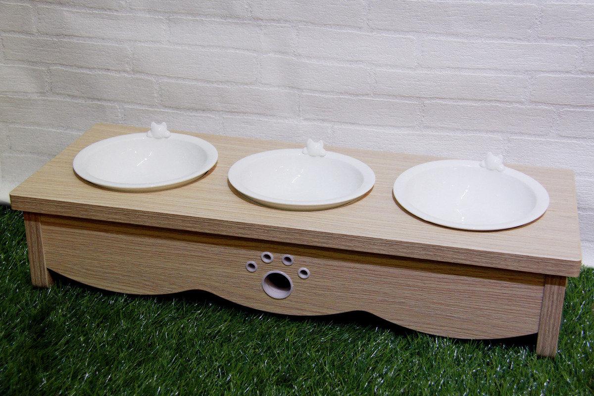 黃木紋貓餐桌 (三碗)
