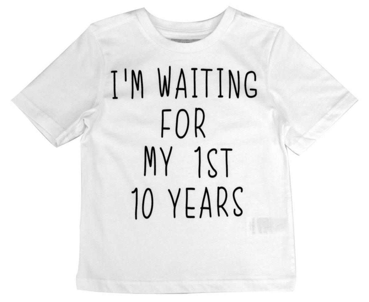I'm Waiting For my 1ST 10 Years Tee恤(白色)