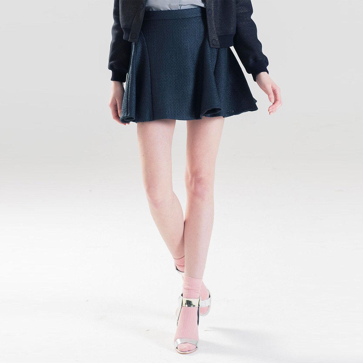 時尚黑色百褶短裙