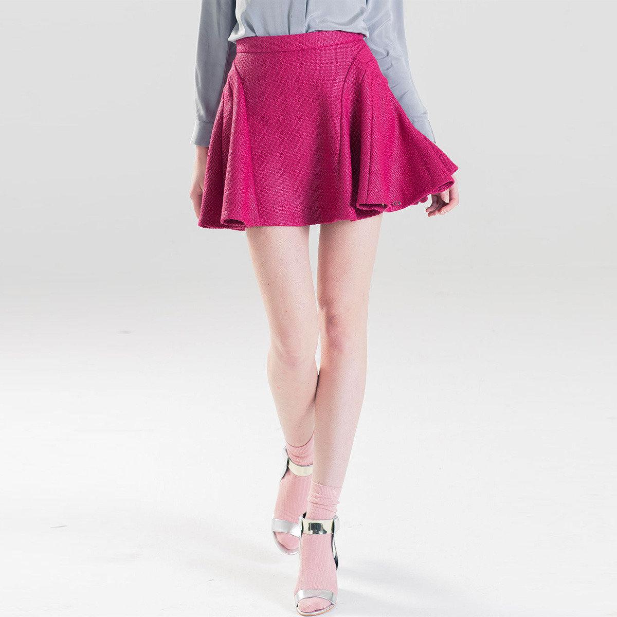 時尚紫紅色百褶短裙