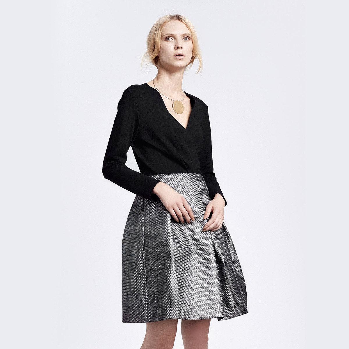 銀黑色提花立體裙擺V領連身裙