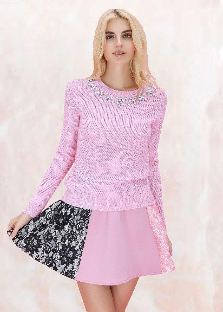 淺粉紅色毛衣