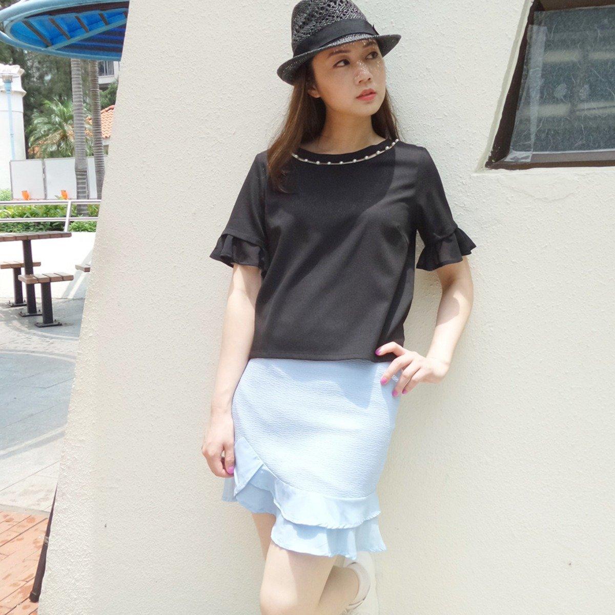 修身設計 薄料透氣 荷葉腳邊短裙