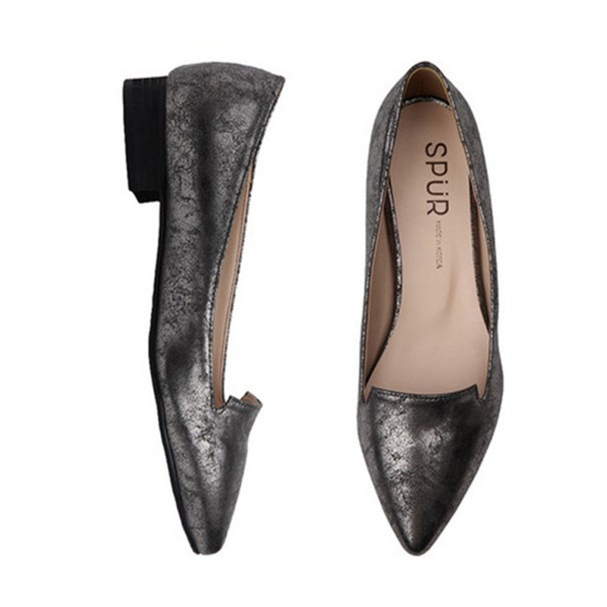 裂紋箔面平底鞋