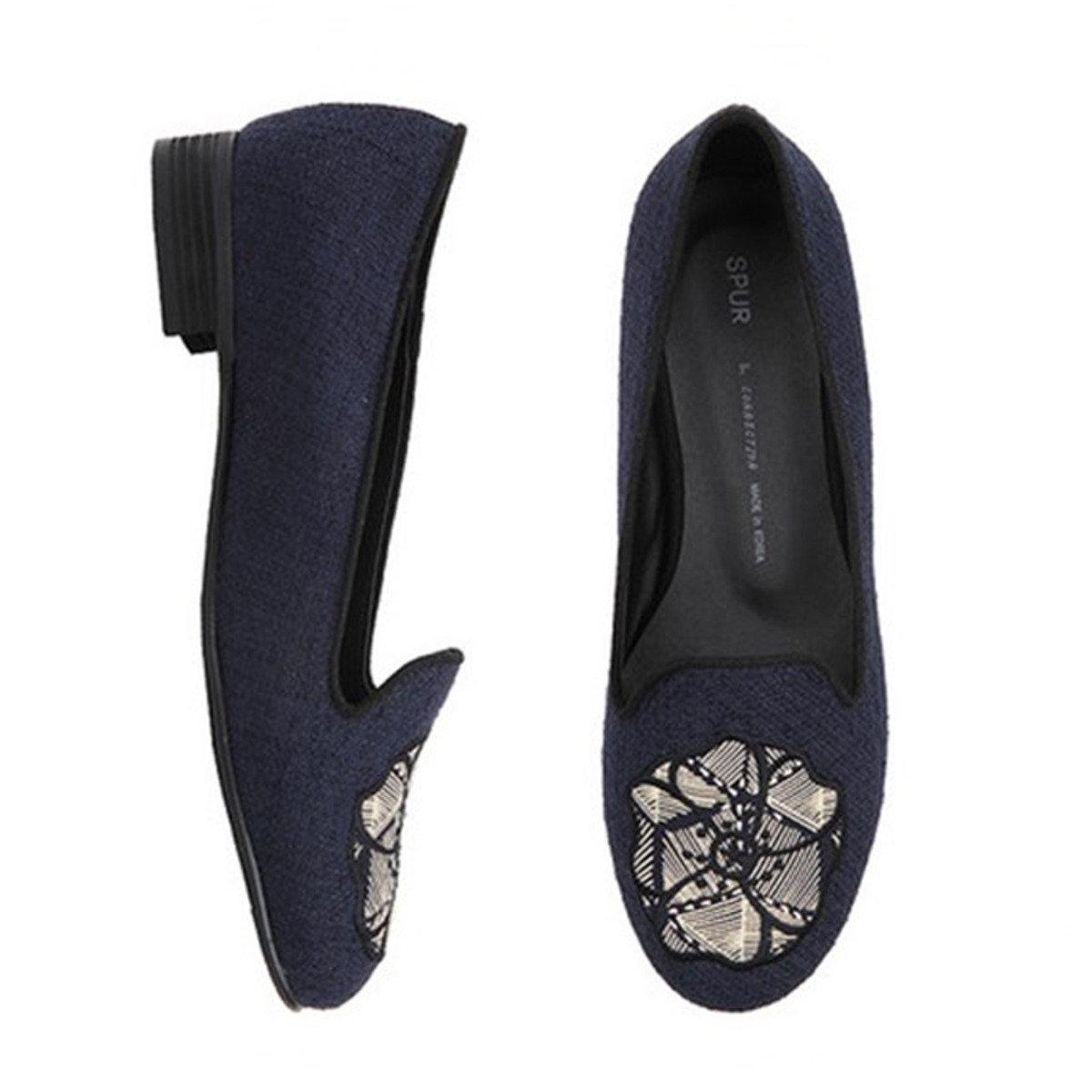 花朵刺繡休閒鞋