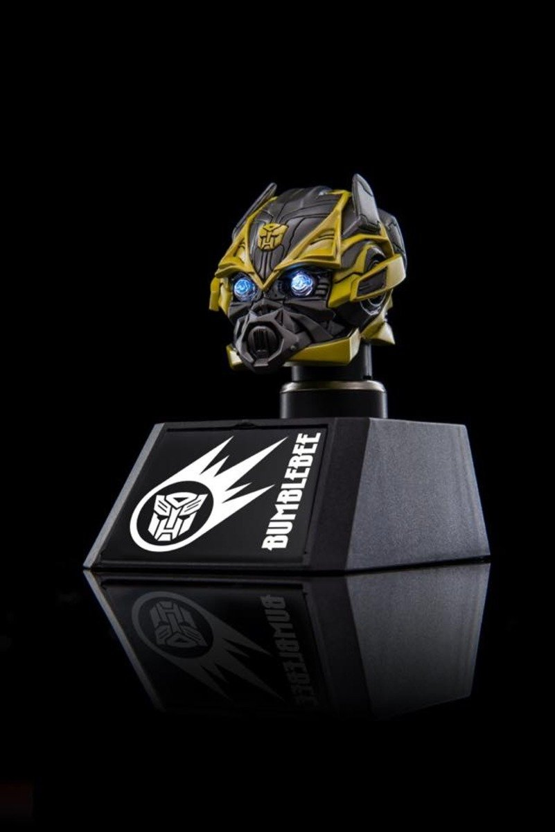 Bumble Bee Collectible Bust Car mounted charger