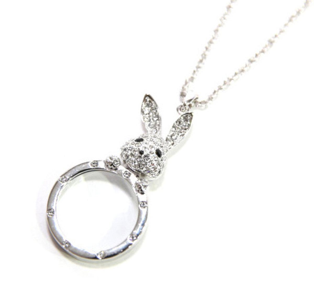 可愛小兔放大鏡頸鍊