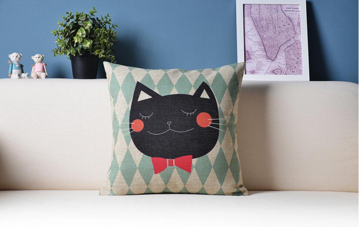 可愛貓咪卡通抱枕 - A款(領帶貓)