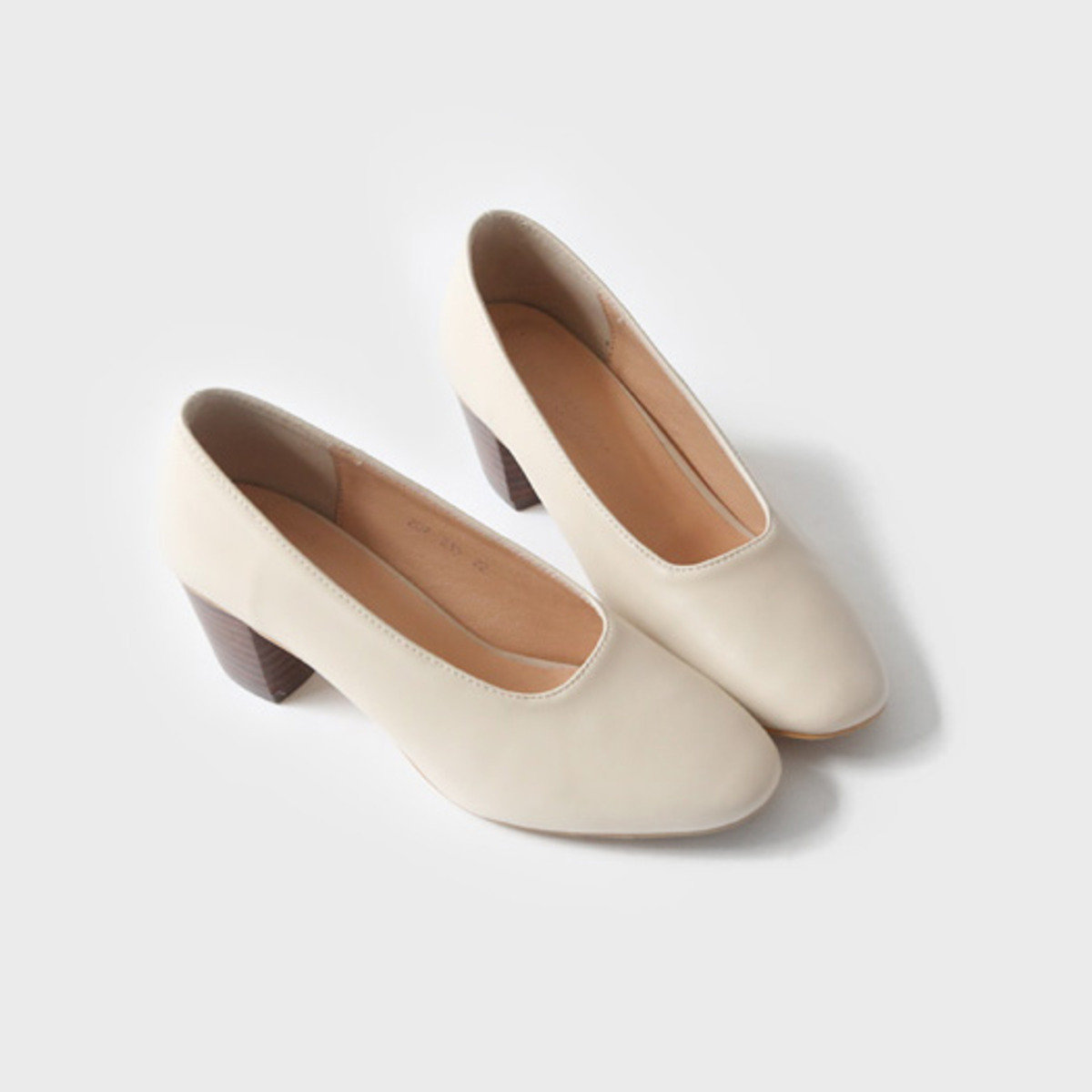 純色仿皮高跟鞋_C62PASH3