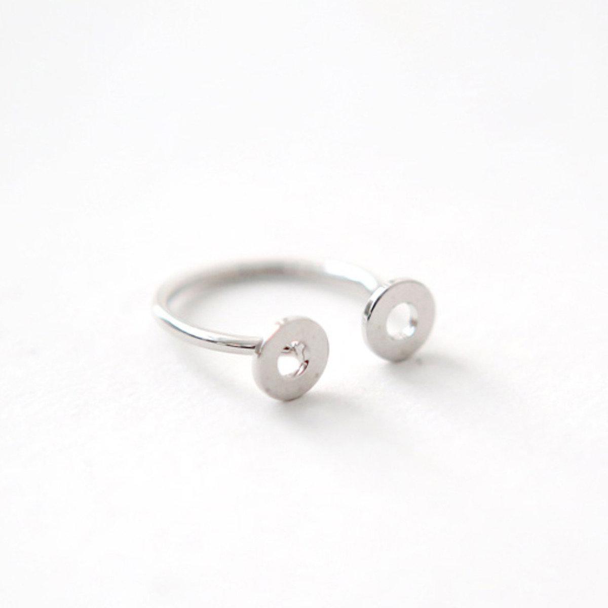 馬蹄型設計銀色戒指_C63YERI13