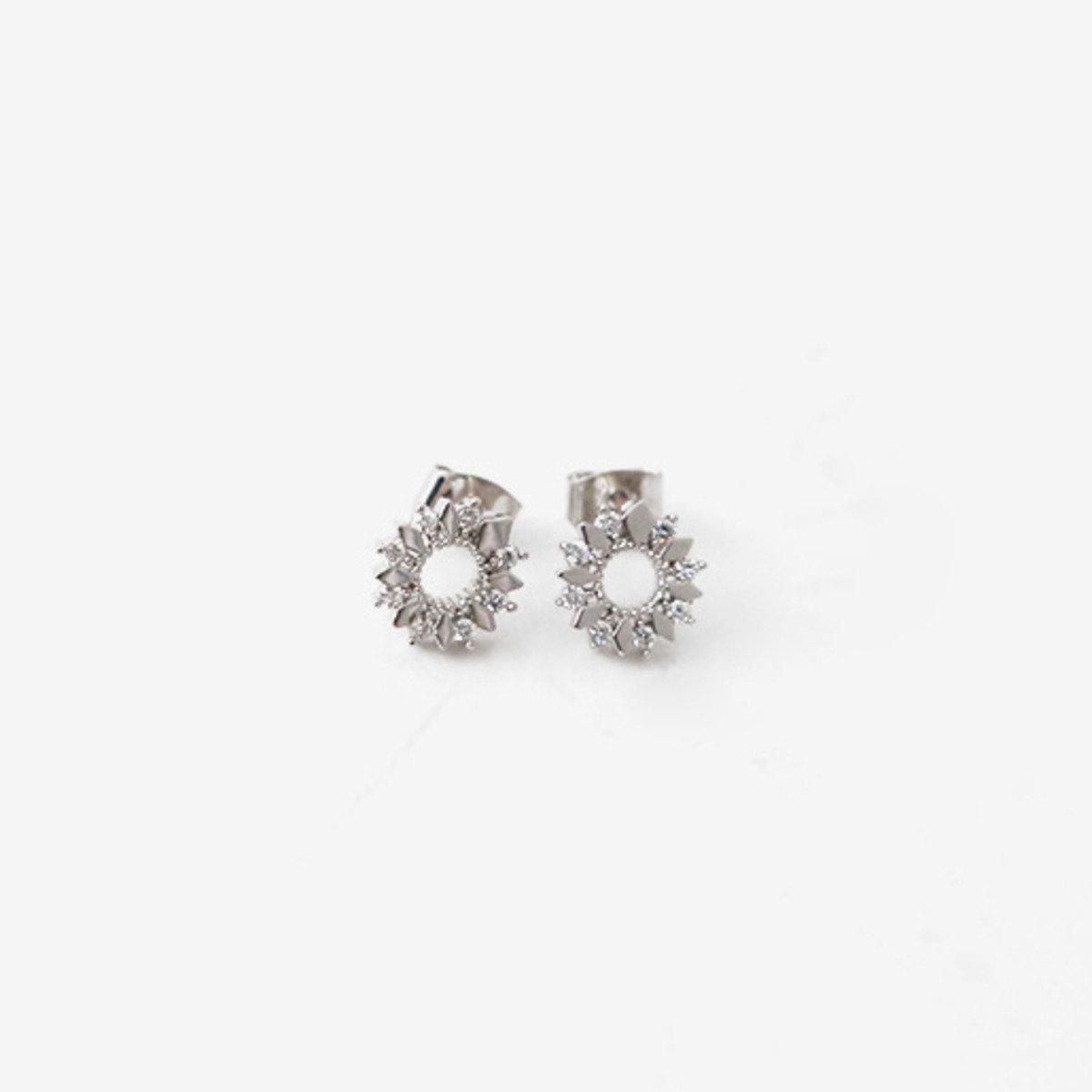 典雅銀色耳環_C63PHEA1