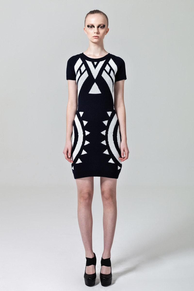 黑色針織連身裙