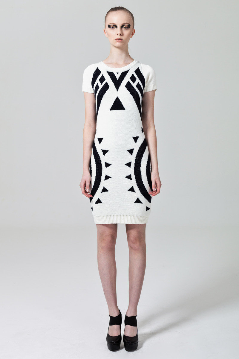 白色針織連身裙
