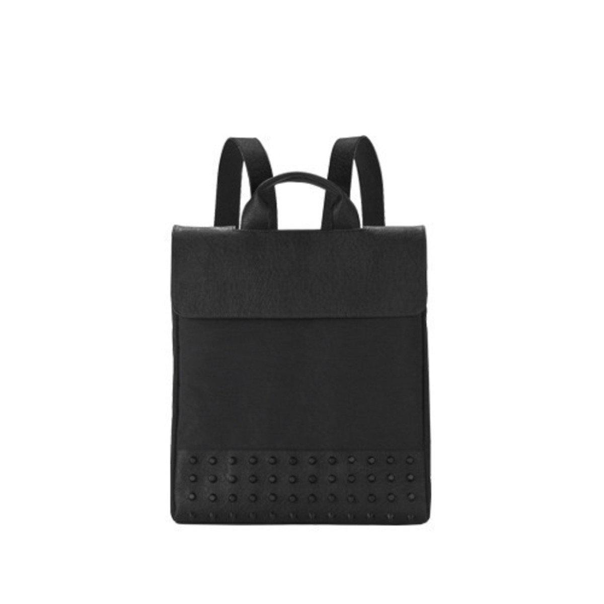 [THE HN] Black Studs Backpack Large 黑色翻蓋背包 (大)