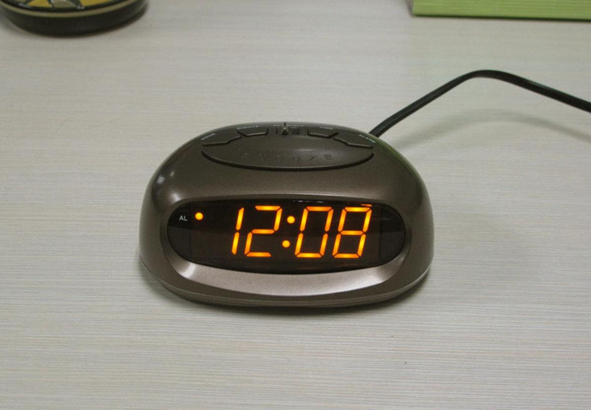 LED 鬧鐘 時尚 創意 生活 品味 禮品 電子 學生 兒童 靜音 家居 床頭 夜光 貪睡 時鐘