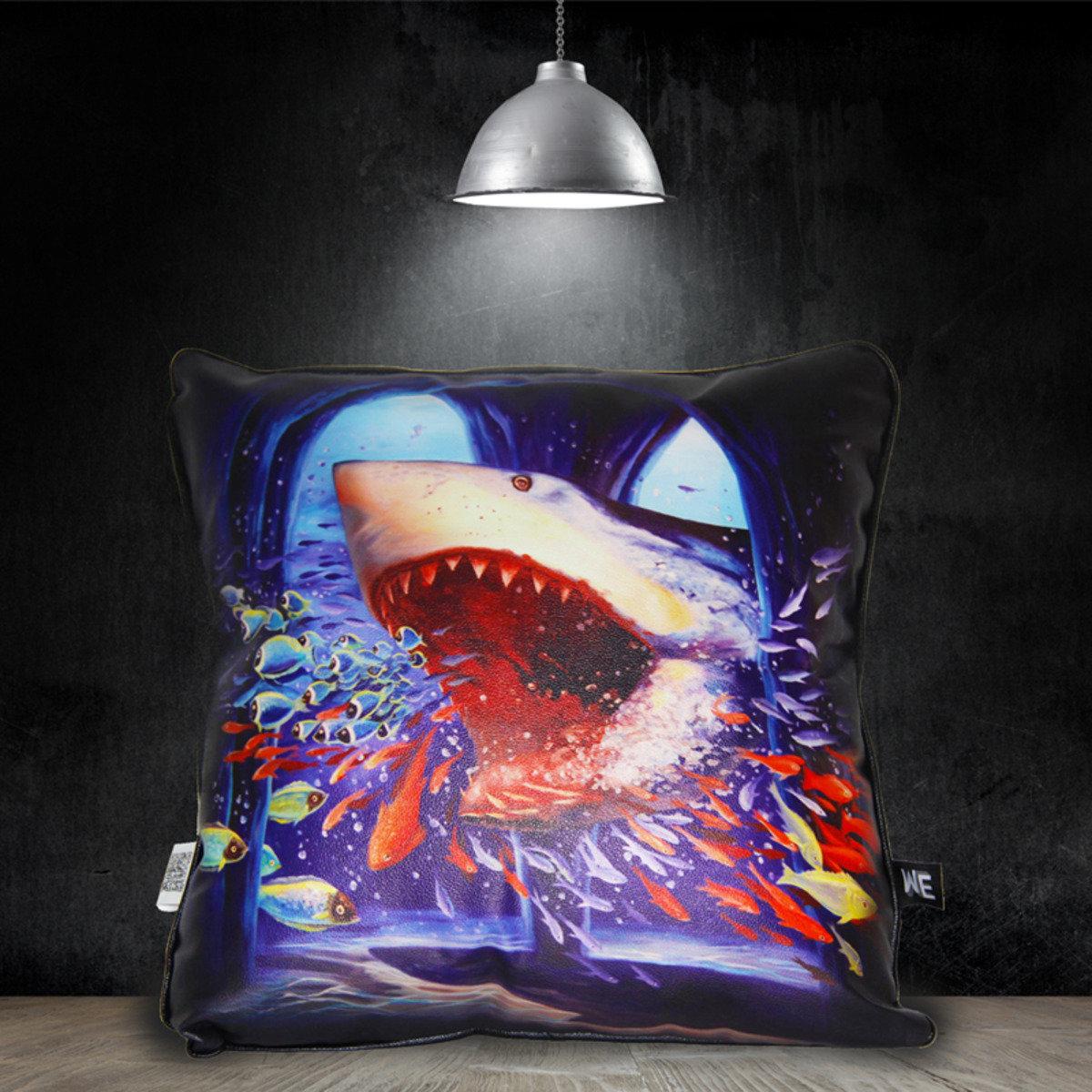 兇猛鯊魚 - 仿皮革靠墊