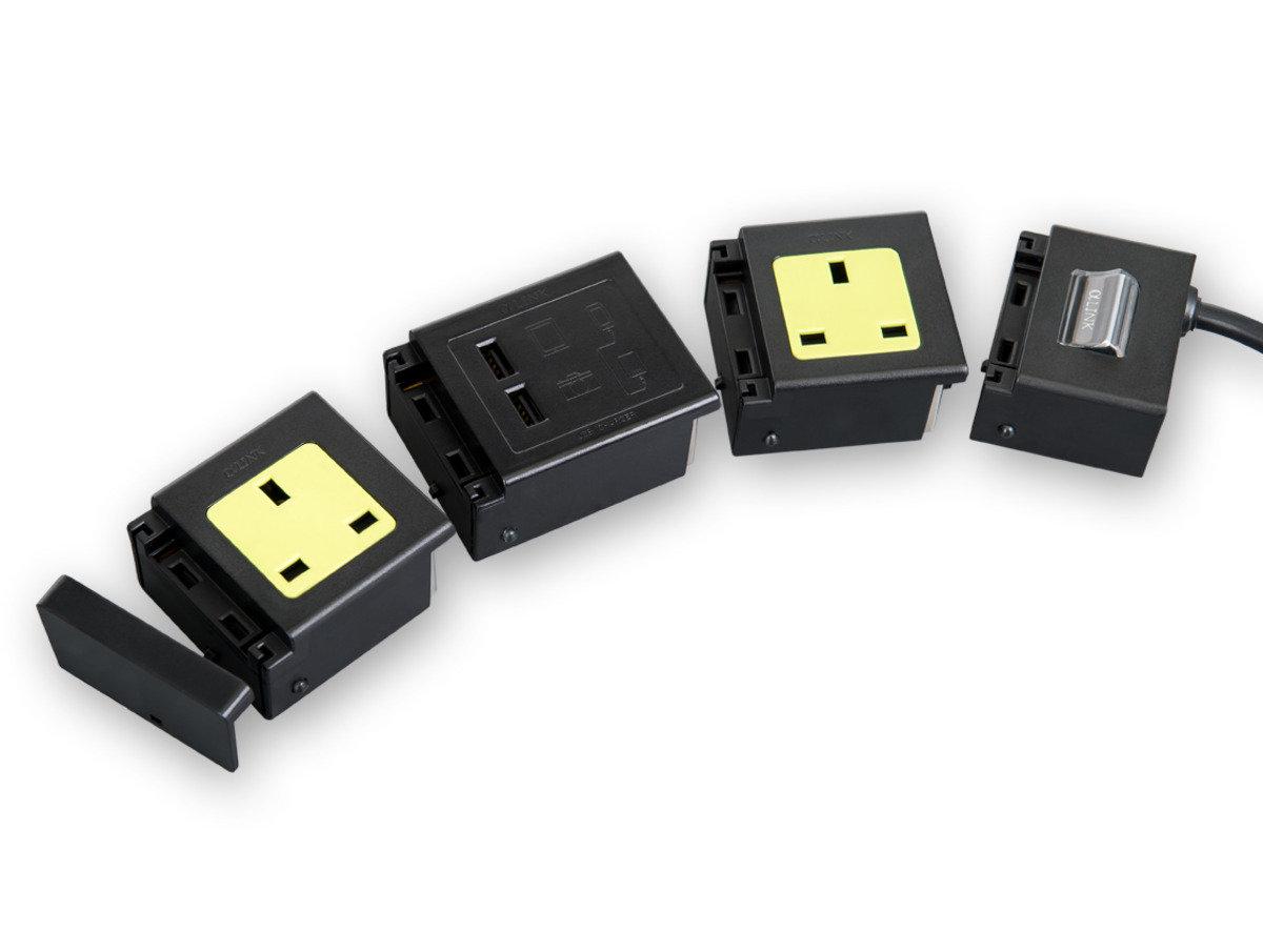 隨插式旅行系列 - 2位獨立配置拖板套裝連USB (黑色)