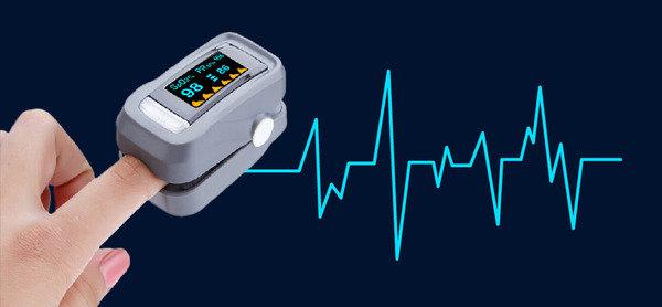 重量輕,操作方便 指夾式脈搏血氧儀
