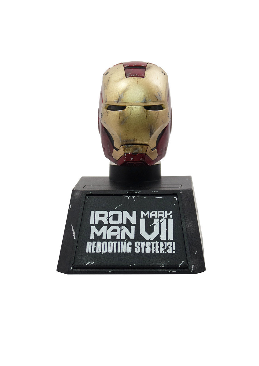 Ironman Mark7 Battle damaged  Collectible Bust Car mounted charger