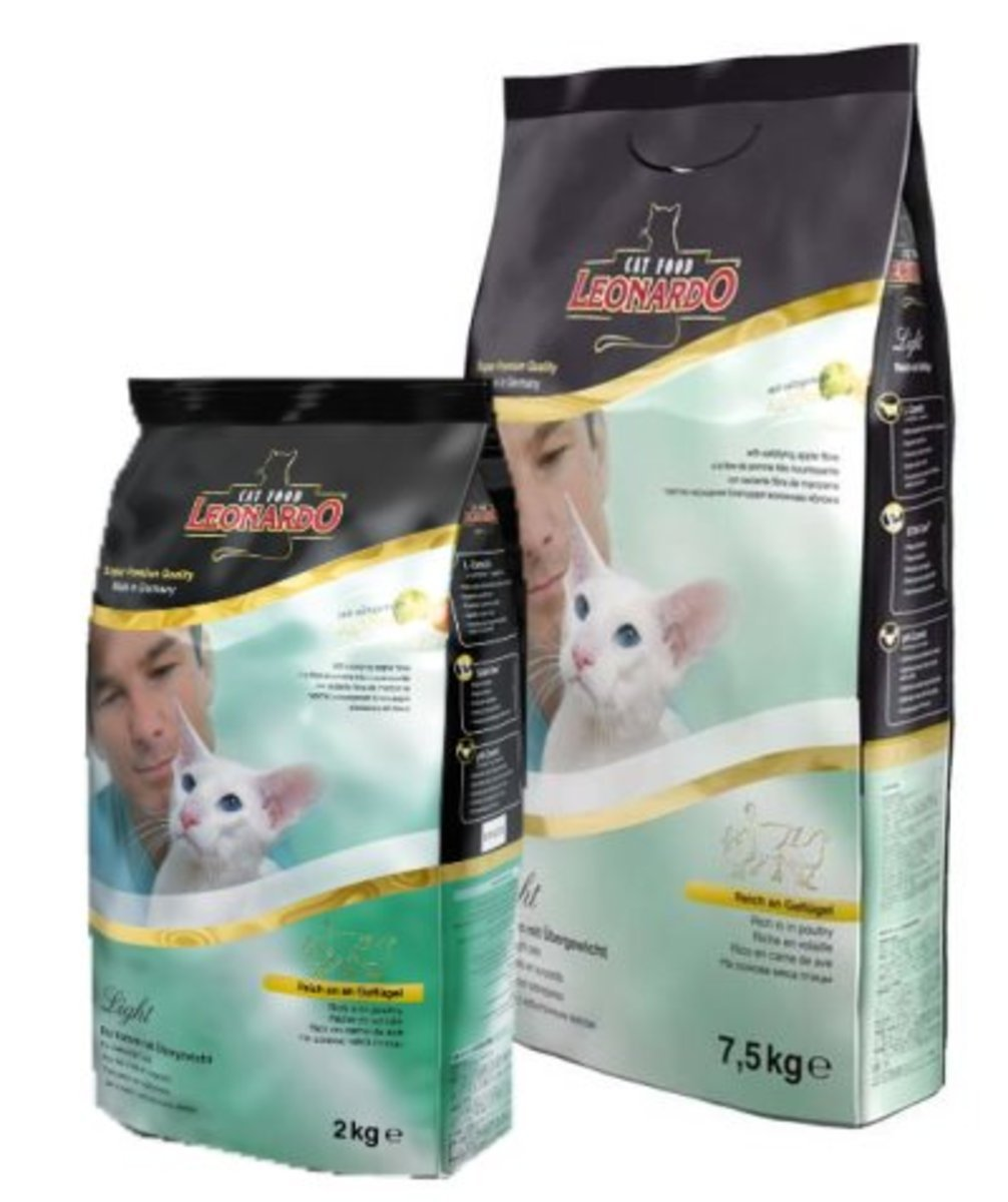 NATURAL (LIGHT) ADULT CAT FORMULA
