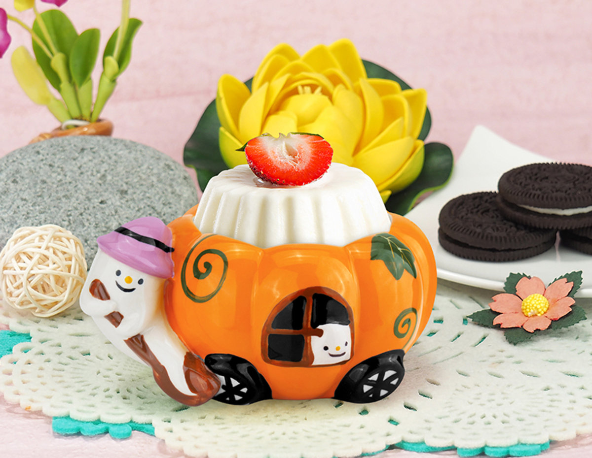 Ceramic Mini Cup (Little Ghost & Pumpkin Cart)