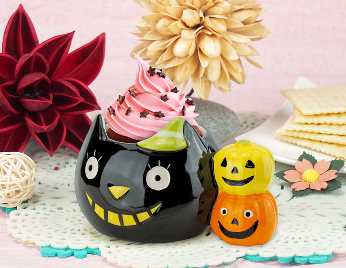Ceramic Mini Cup (Tricky Cat & Little Pumpkins)