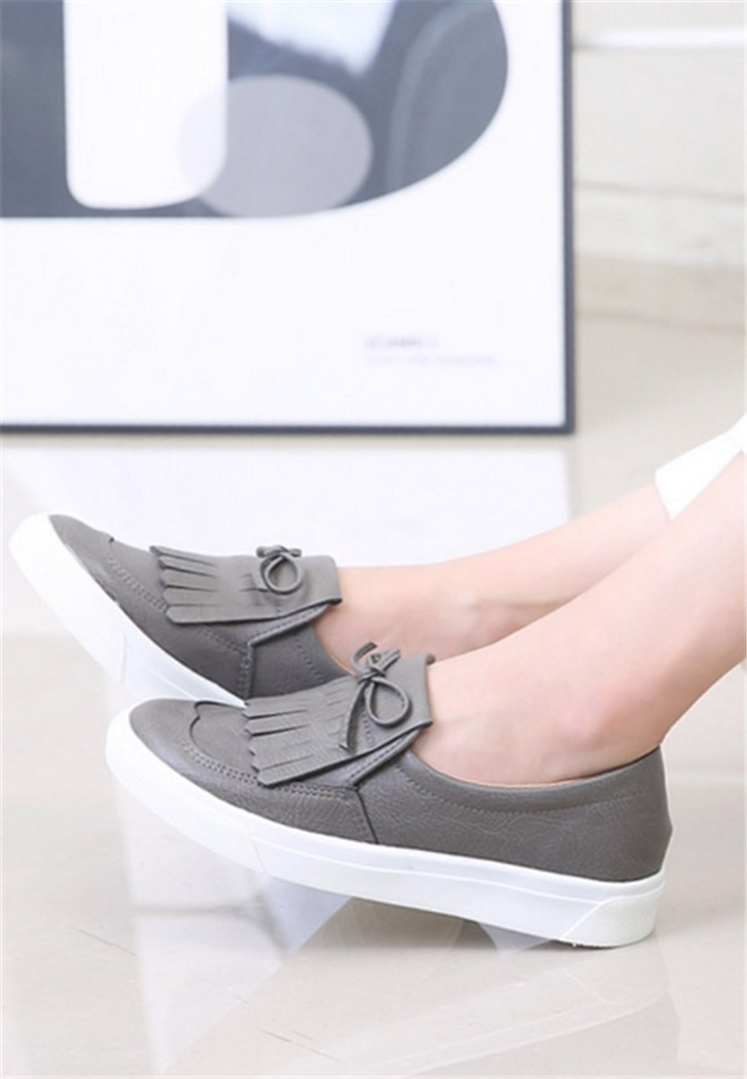 Korean Made Tassel Bow Decorative Shoes